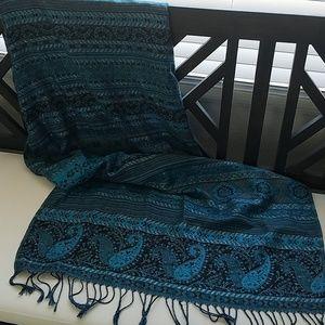 Woven scarf from jerusalem